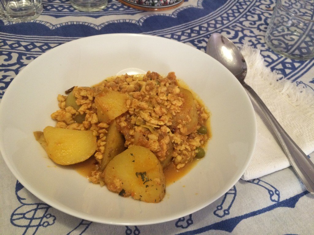 Pollo al curry con patatas