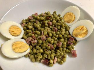 Receta rápida de guisantes con jamón